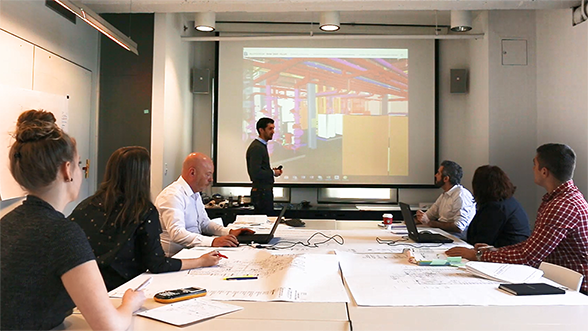 BuroHappold leading a meeting for an IPD project at Brown University using BIM collaboration